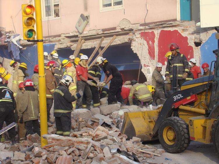 Derrumbe de casa: Una tragedia evitable ¿falta de controles?