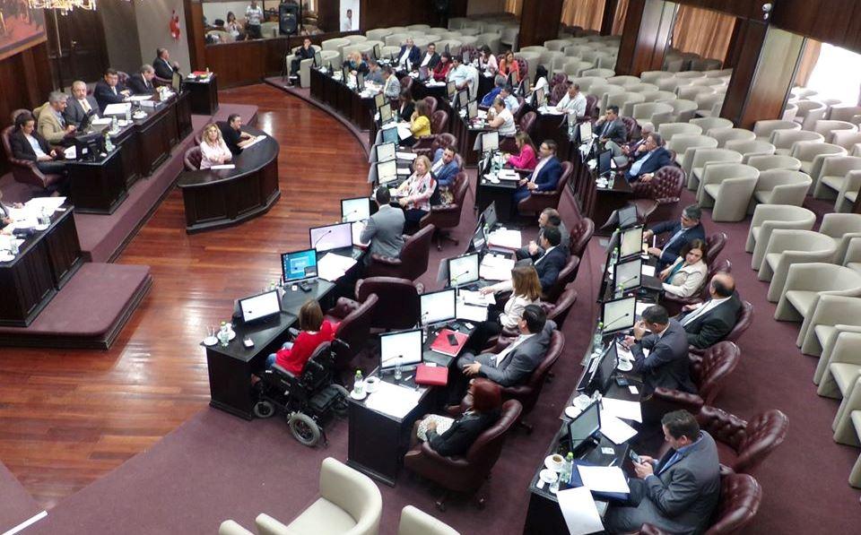 """El albertismo con """"aliados"""" aprobó la doble penalización por incumplir el aislamiento"""