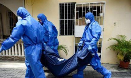Más de 80 médicos han fallecido por Covid-19 en Guayas