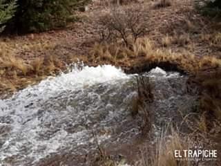Otra vez se rompió un caño del acueducto Rio Grande