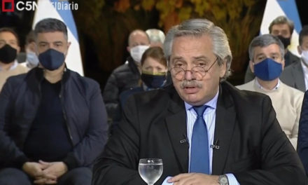Alberto Fernández, a los policías: «No todo está permitido a la hora de reclamar»