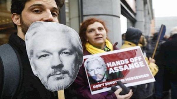 Reanudarán en septiembre audiencia sobre extradición de Assange
