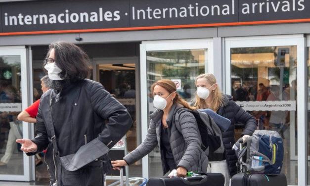 Viajes: ¿cuáles son los requisitos para subir a un avión?