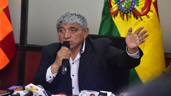 Ministro de facto boliviano critica a fallecidos en las calles por «tardar» en ir a hospitales