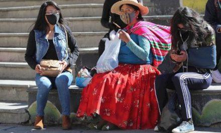 Gobierno de facto boliviano retira intervención en clínicas