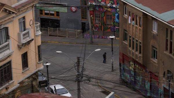 Gobierno chileno vetará ley de suspensión de cobro de servicios