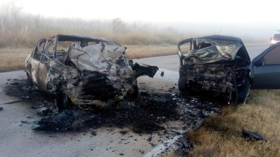 EL MORRO: dos conductores perdieron la vida en un accidente de tránsito