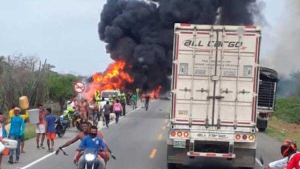 Explosión de un camión cisterna en Colombia deja 11 fallecidos