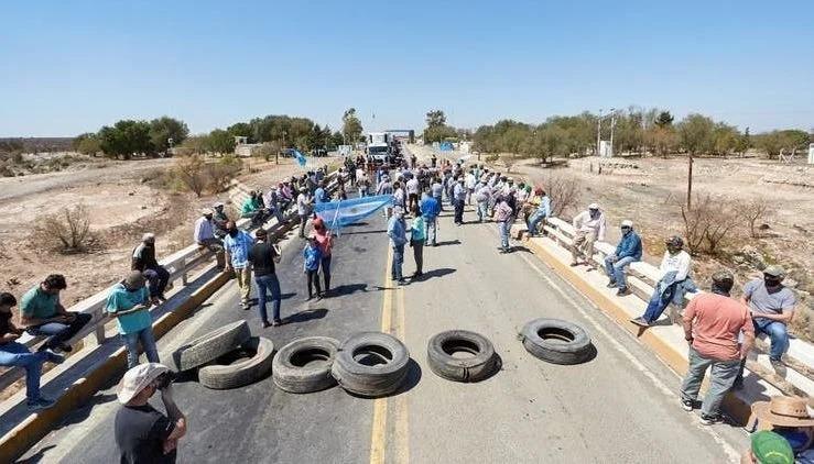 """""""No vamos a dar el brazo a torcer"""" la provocación del gobierno de San Luis a los cortes de ruta"""