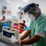 """114 """"camas críticas"""" y 25 respiradores extra, la situación de la Provincia frente a la pandemia"""