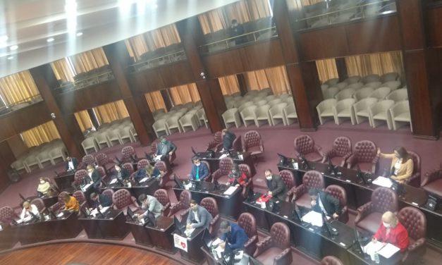 Media sanción al presupuesto 2021