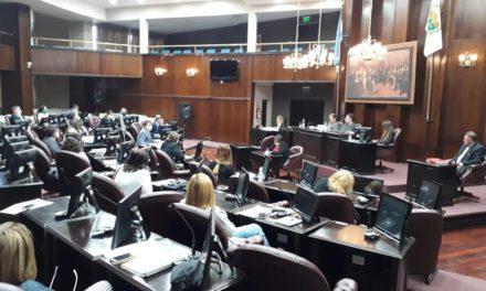 Pese al déficit, diputados aprobaron las cuentas de inversión