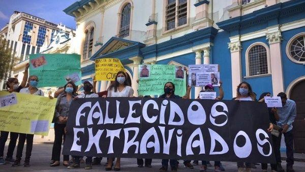 Exigen identificación de víctimas de Covid-19 en Ecuador