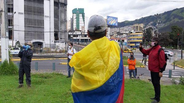 Ecuatorianos protestan contra medidas económicas del Gobierno