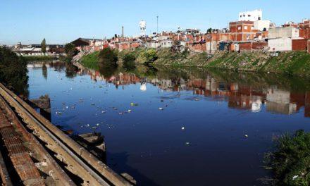 El Gobierno porteño reconoció que frenó los operativos contra el dengue en la 21-24