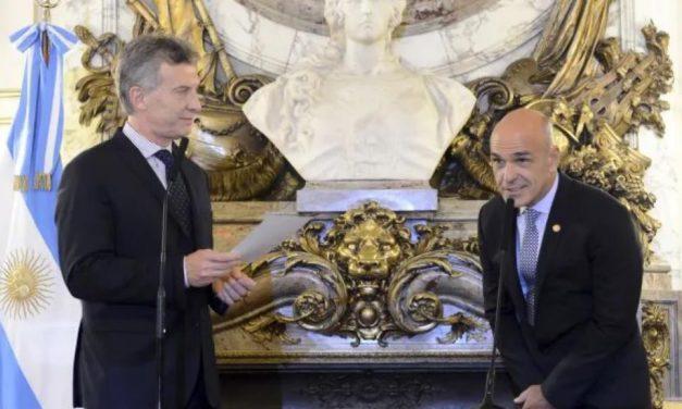 AFI: denunciaron a Macri, Arribas y Majdalani por venta ilegal de armas