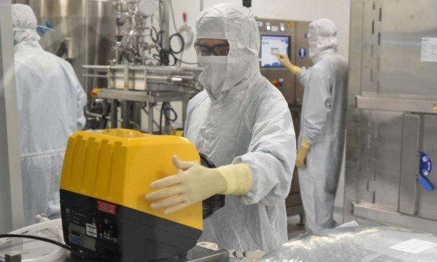 Vacuna de Oxford: ¿cómo se fabricará en Argentina?