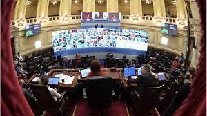 Juntos por el Cambio se negó a debatir los DNU en el Senado