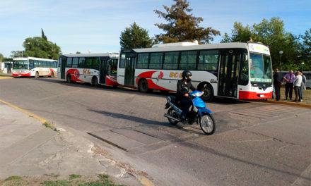 El transporte urbano en un callejón con una única salida: la injerencia del estado municipal
