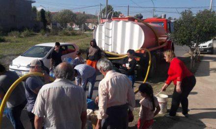 Sigue el descontrol por el agua en los Barrios del sur