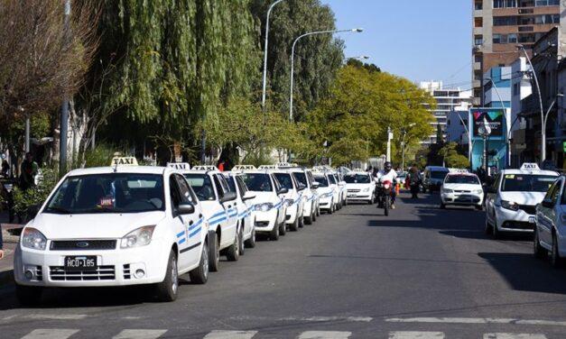 Taxistas paran y marchan a Terrazas del Portezuelo por la inseguridad
