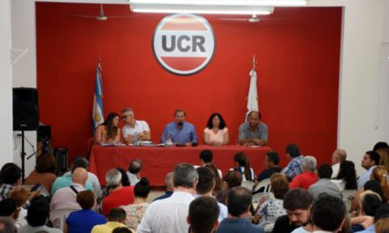 """Tras los hisopados, la UCR se """"solidarizó"""" con sus correligionarios"""