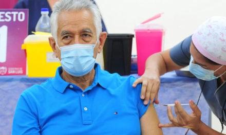 Vacunas VIP: Funcionarios protegidos por la ley, para el vecino el escrache